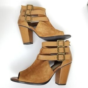 Gianni Bini | suede | leather | open toe |